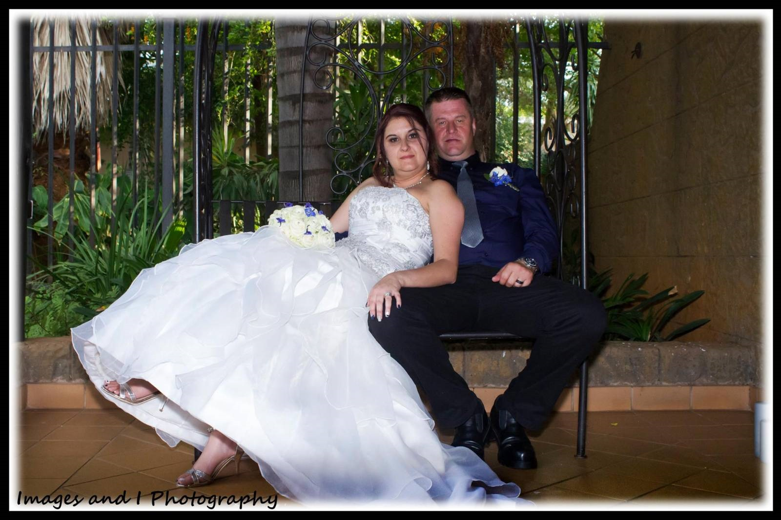 Bently's Country Lodge Wedding Photography Bench | Photoshoots Pretoria