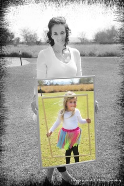 Photo Box Family Photoshoot Ideas