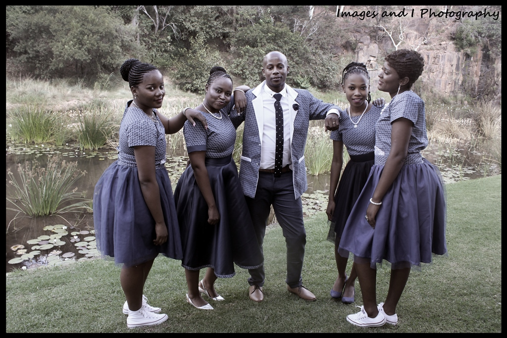 Posing in Bushveld Wedding Photos | Photoshoots Pretoria