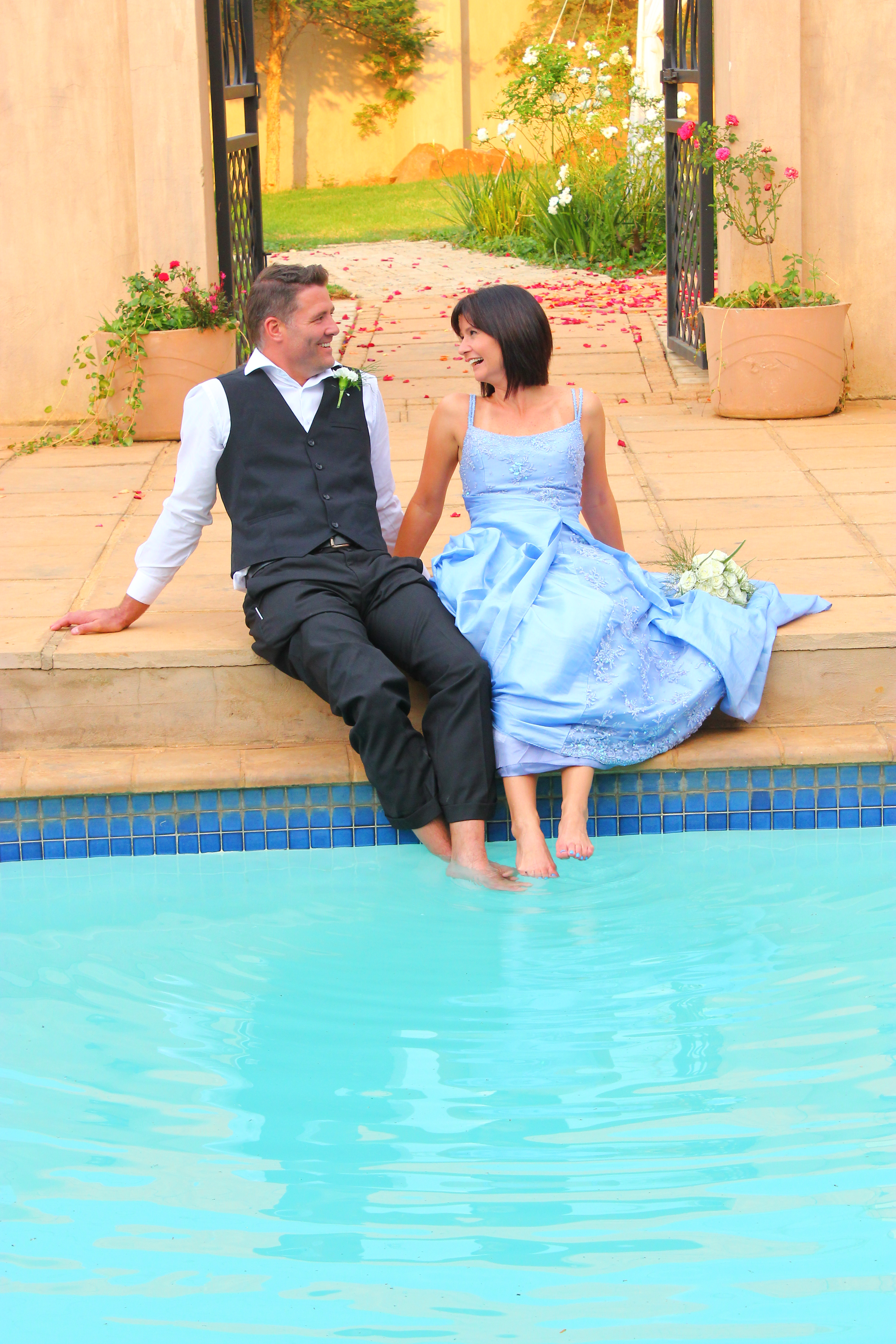 Swimming Pool Wedding Photography | Photoshoots Pretoria