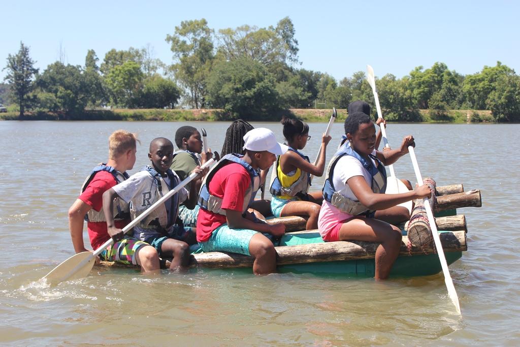 Rafting Team Building v