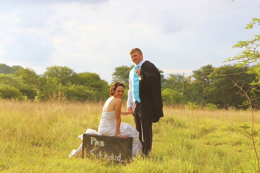 Suitcase Wedding Photography | Photoshoots Pretoria
