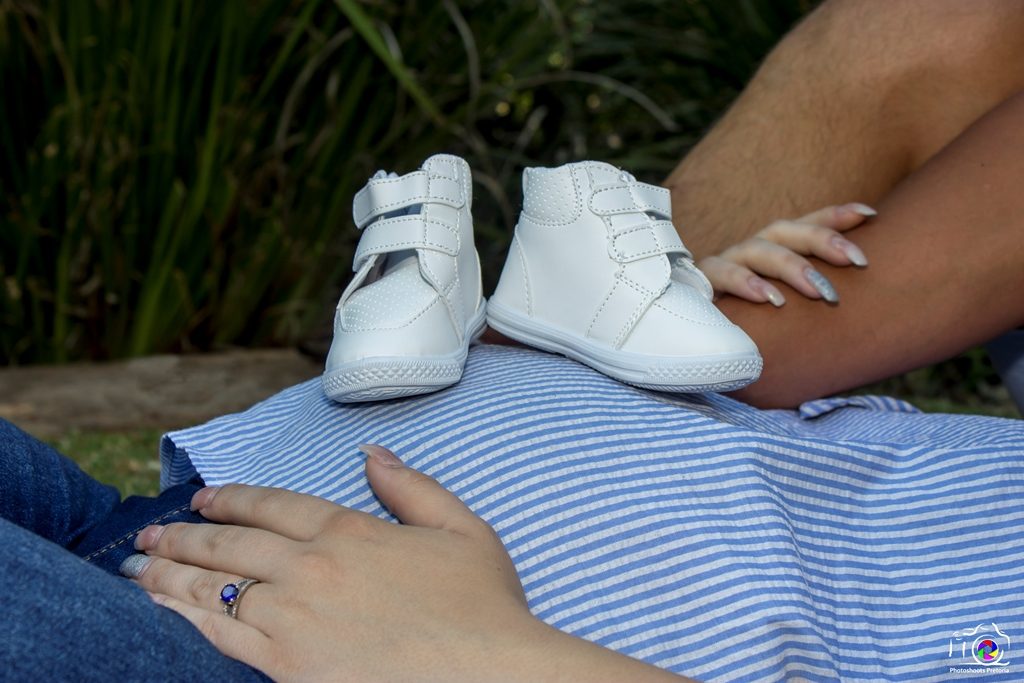 Belly with shoes Maternity Photoshoot Ideas   Photoshoots Pretoria