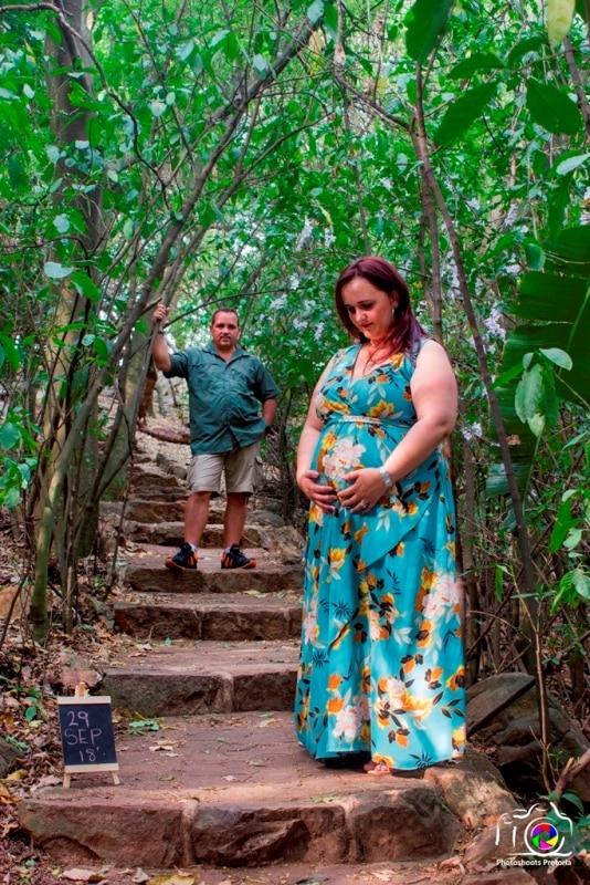 Precious Moments Maternity Photoshoot Ideas